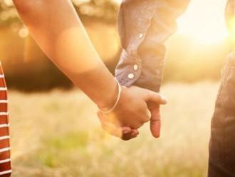 Yang Membuat Laki-Laki Jatuh Cinta Pada Wanita